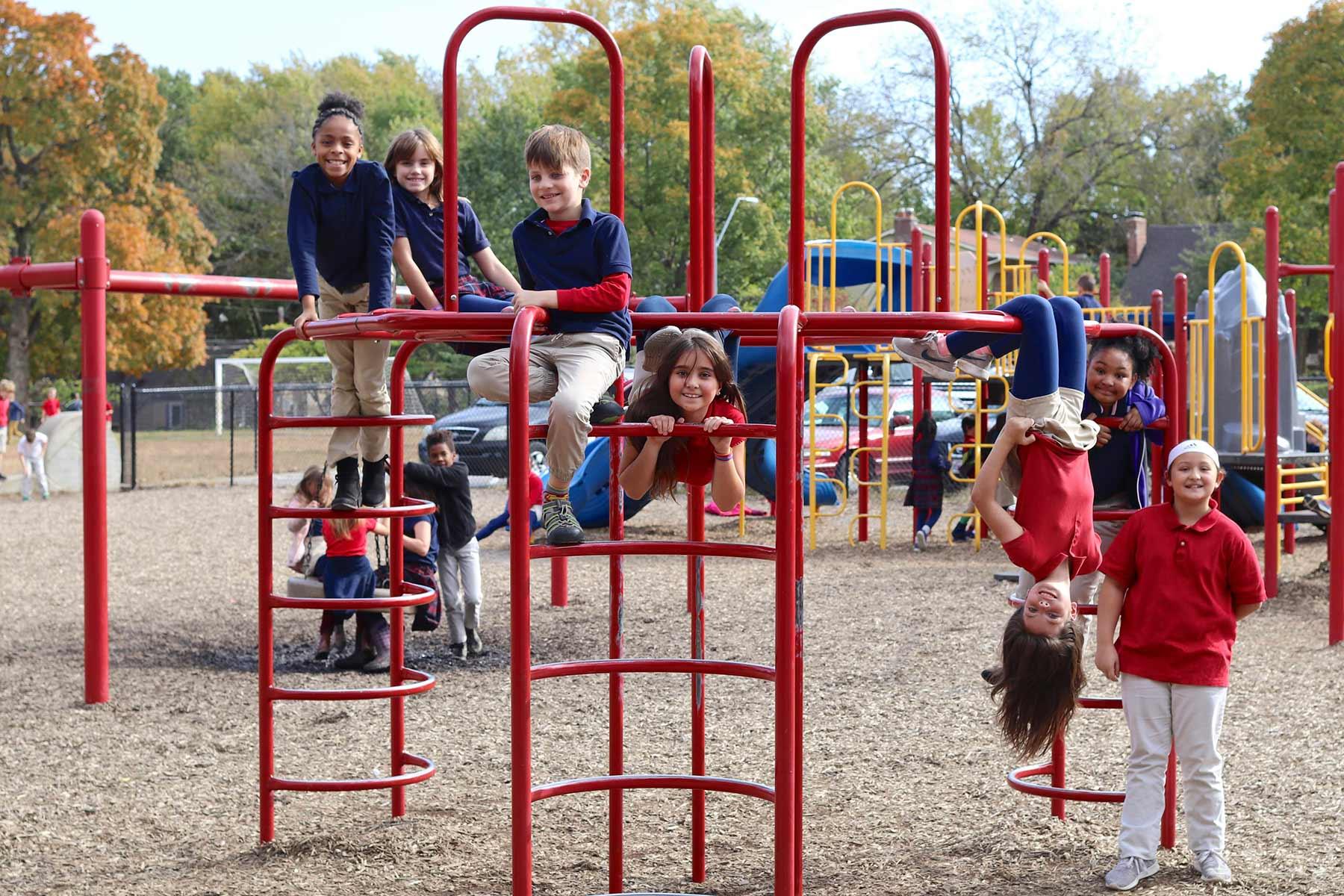 Students at Académie Lafayette - Kansas City, MO